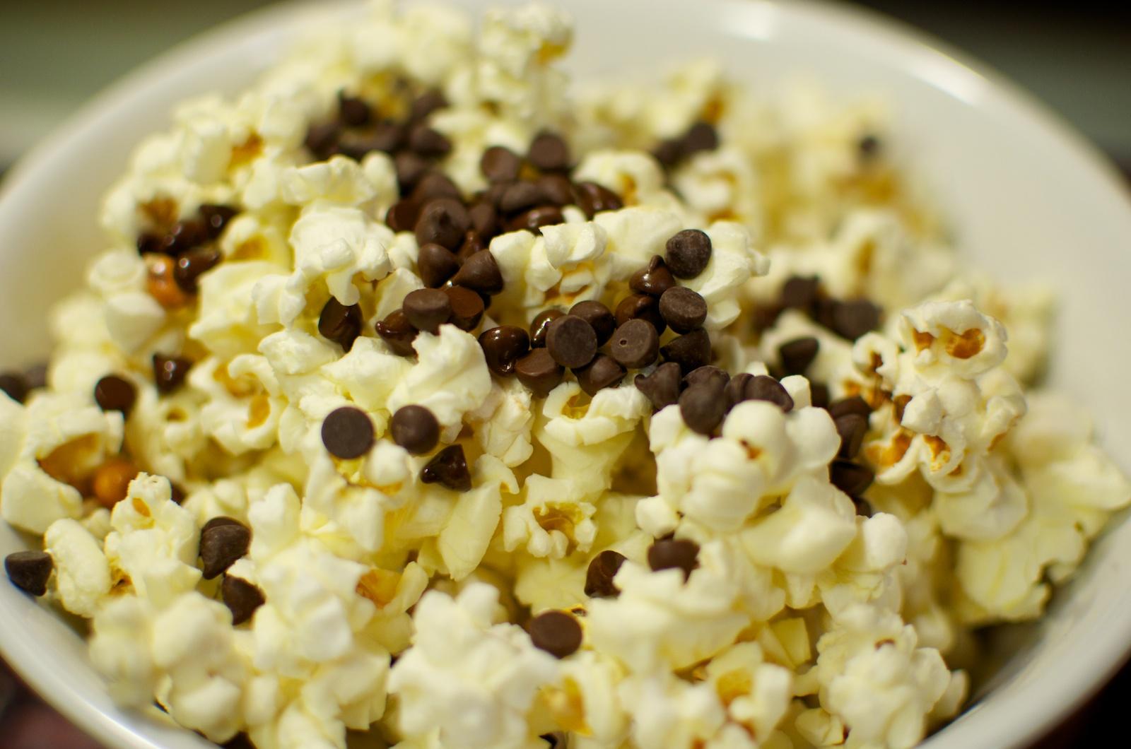 popcorn chocolate chips